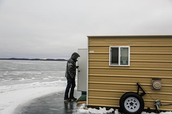 Ice_Fishing_Lake_Lida_Minnesota