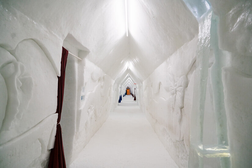Hotel de Glace, Ice Hotel in Quebec City, Canada