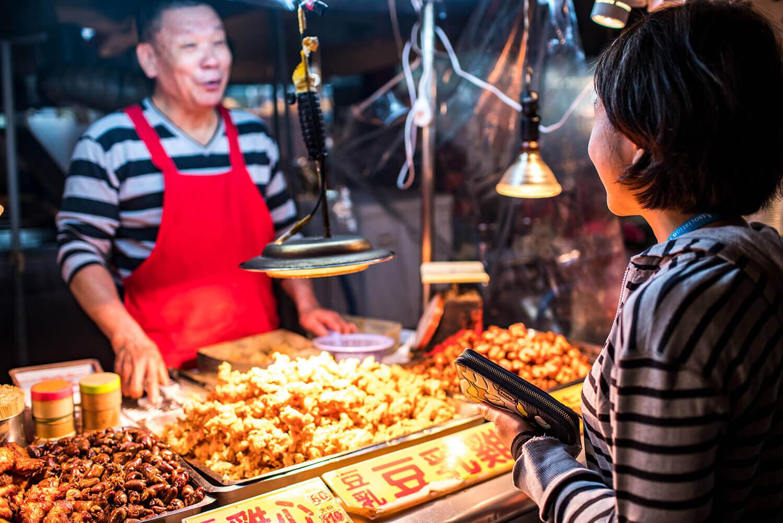 Ningxia Night Market Street Food Tour in Taipei, Taiwan
